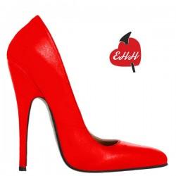 Schuhe mit hohen Absätzen in großen Größen
